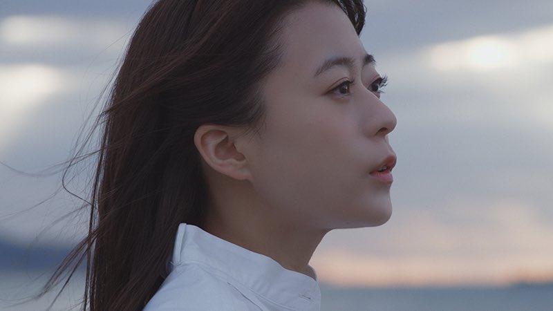 【MV公開🌸】2/5(水)リリースの8thシングル「#ココロソマリ」MUSIC CLIP(Short Ver.)解禁!▶️水瀬自身が手掛けた詞をもとに、家族の絆を描いたドラマ仕立てのMVとなっています!MVに繋がるショート映像も後日公開予定。こちらも見逃せません✨(スタッフ) #水瀬いのり