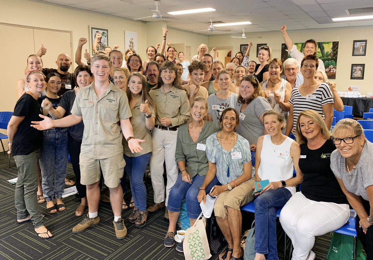 This is the latest group to sign up as wildlife carers. These are the people who will dedicate their time, homes, & lives to the animals that need ongoing care, but do not need to stay in our @AustraliaZoo Wildlife Hospital. Mostly they will raise orphans. Thank you so much! <br>http://pic.twitter.com/tD3nWMG1Hn