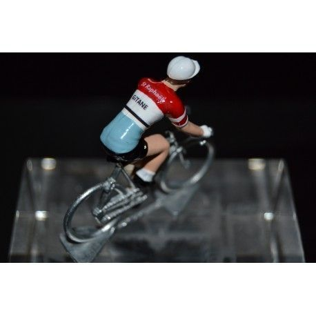 Gitane St Raphael - petit cycliste en metal - Petit cycliste https://buff.ly/2vpTl8H  Christmas gift ideas! Idée cadeaux! Look at these beautiful cycling figurines  ! À découvrir sur http://petit-cycliste.com  !  #cyclinglife #christmasgifts #cadeaudenoelpic.twitter.com/uct2lOyO9K