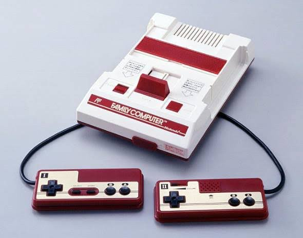 ←自分が想像する20年前の据え置きゲーム機→実際の20年前の据え置きゲーム機