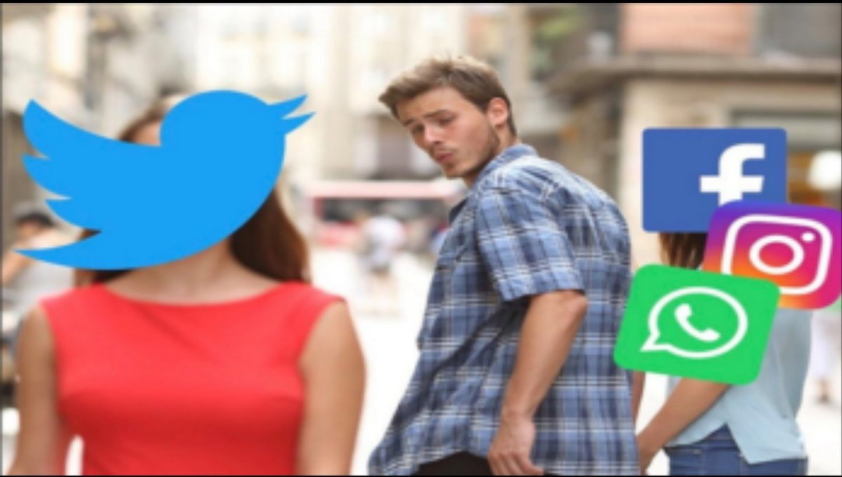 *Everytime Whatsapp, Instagram, and Facebook goes down*  Me:  #whatsappdown <br>http://pic.twitter.com/hbLSgEGGRo