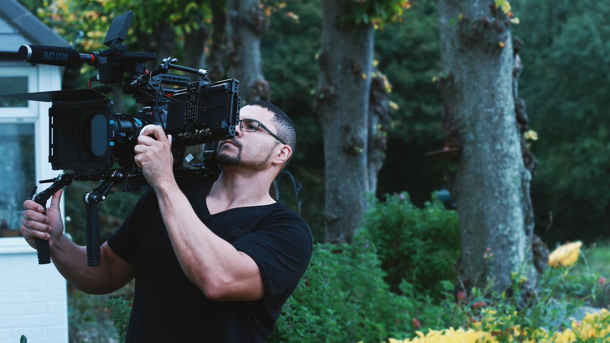 Director / #dop @LeroyKincaide Shooting on his #debutfeaturefilm @thelastritefilm .... Using the Canon C500 and Xeen cine lenses. Canon has provided us with exceptional 4K quality footage... #filmmakerspic.twitter.com/ncfUTpBFg5