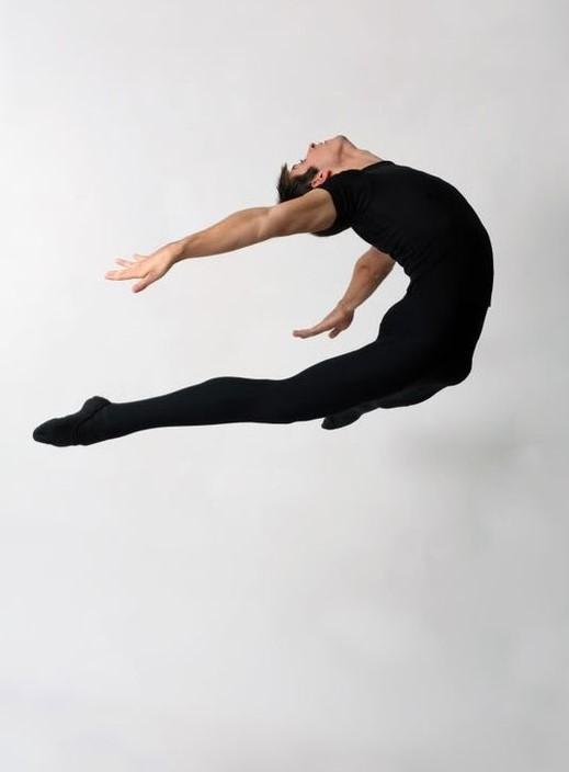 #BalletFascination #Ballet #BalletDancer #BalletPhoto #BalletPost #Jumppic.twitter.com/3aLF8nuNk6