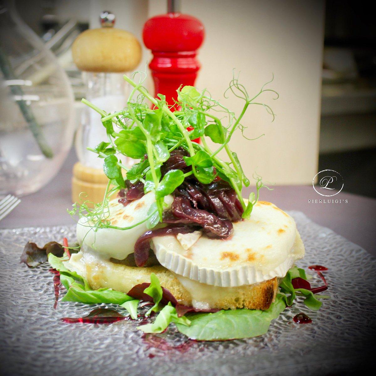 Sunday Sensations. #Pierluigis #London #Sunday #GoatsCheese #Onions #Focaccia #Restaurantspic.twitter.com/BQmJZLzqQg