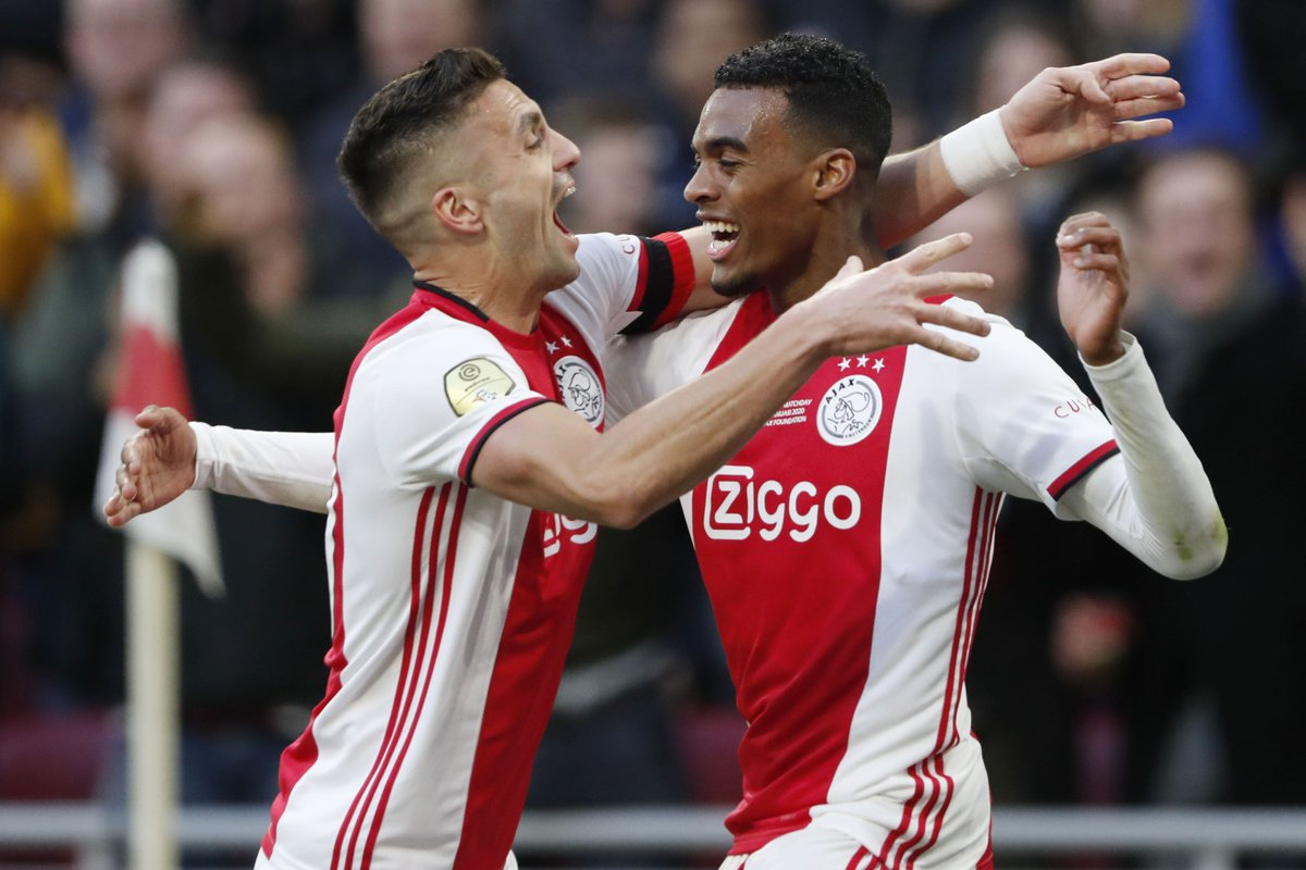 He may be just 17, but Ryan Gravenberch has now scored in his last two Eredivisie games.   Another gem off the Ajax production line?    #UEL