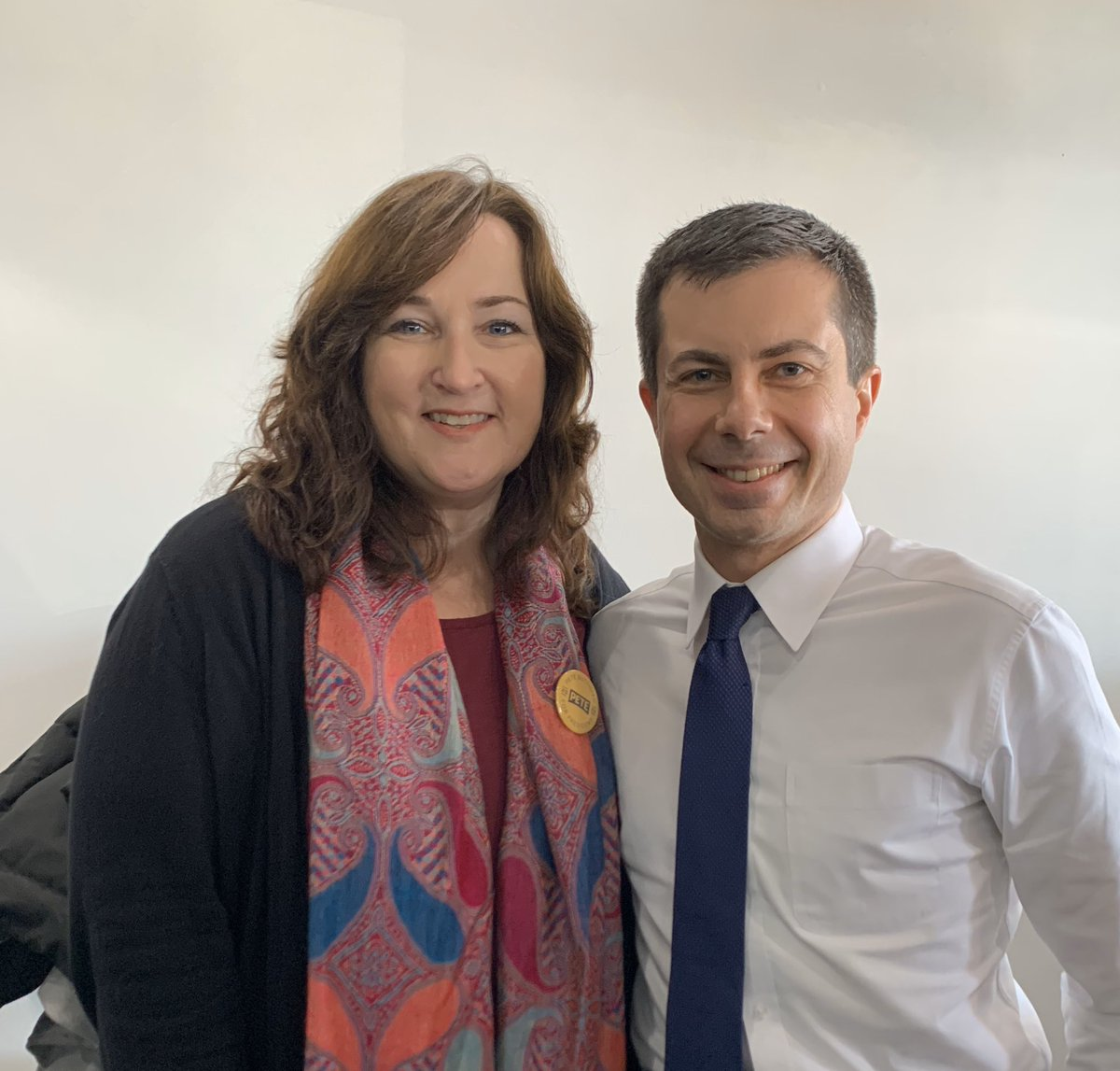 Happy Birthday @PeteButtigieg! Wishing you the best today and always. Thank you for your leadership, your compassion, your integrity, and your unwavering commitment to public service and to making a positive difference in the lives of all Americans. #HappyBirthdayPete #IACaucus <br>http://pic.twitter.com/4dNhNRhUuv