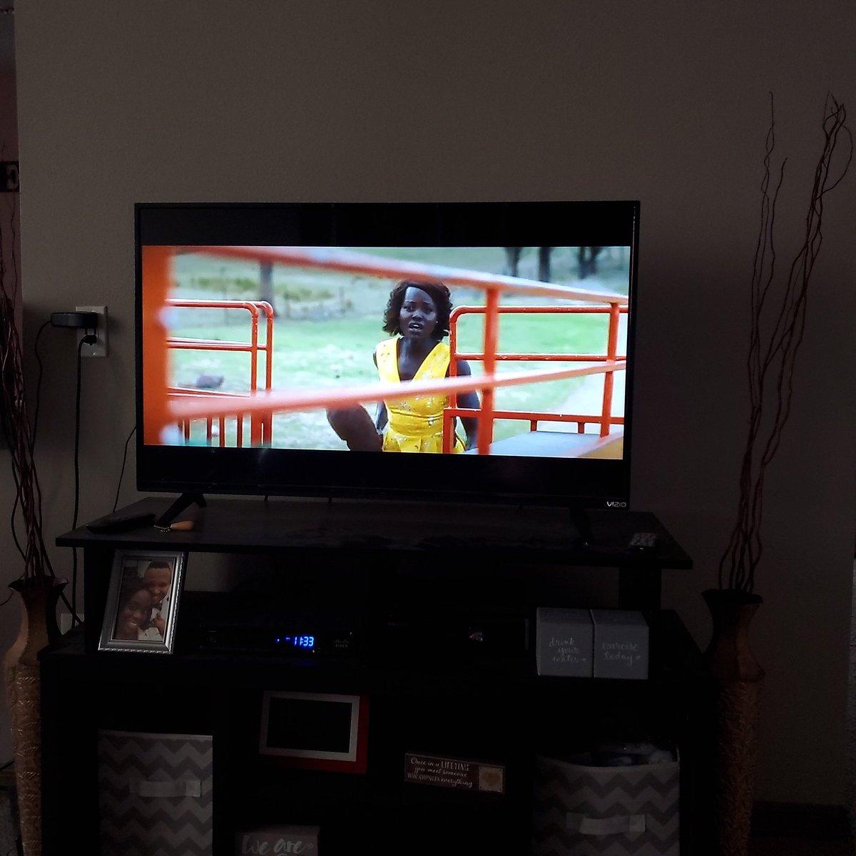 Lupita Nyong'o can act her ass off. #Littlemonsters #Hulu #Glossylipsalwayspic.twitter.com/cdqyiWFpM1