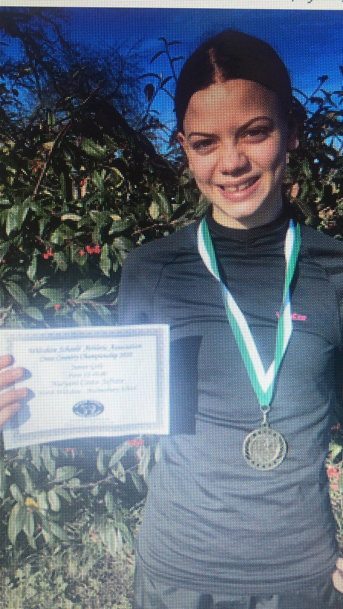 Congratulations to all our students who took part in saturdays @WiltshireSAA county cross country. Some excellent performances including Naryani Costa Jafrate who claimed first place in the junior girls race #proudpic.twitter.com/ObRGCR6RHl