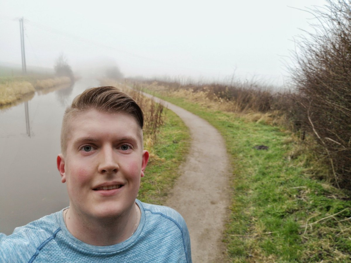 Sunday half marathon in the fog done!   #LifesBetterByWater #HealthyLiving <br>http://pic.twitter.com/W8gZU61Xyy