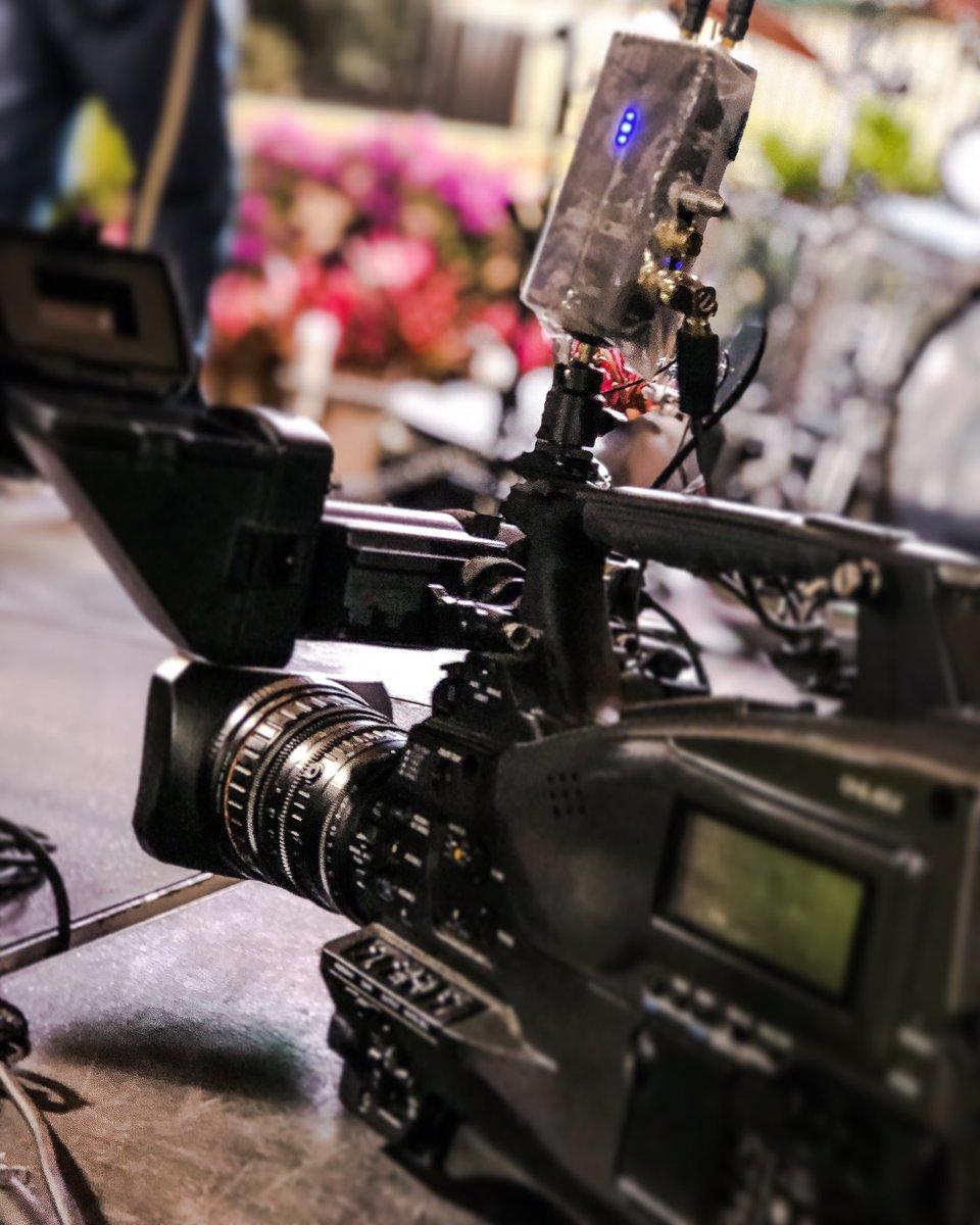 Tools of the trade.... #studiovazquez #mediaproduction #horses #southflorida #liveevents #sony #longines  #equestrian #wellingtonflorida #liveevents #lightcameraactionpic.twitter.com/cP0pjY4cux
