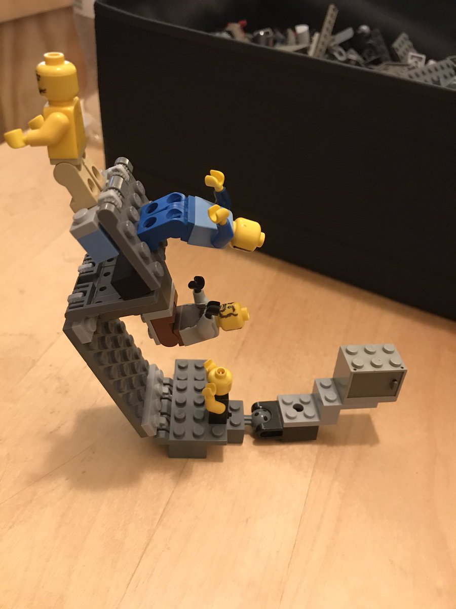 Sometimes I'll play with LEGOs This is world building and bending  It was inspired by the movie Inception. #inceptionmovie #legos #building #legobuilding #juliaguzzio #worldbuilding #dreams #dreamworldspic.twitter.com/S5Ip8t01lY