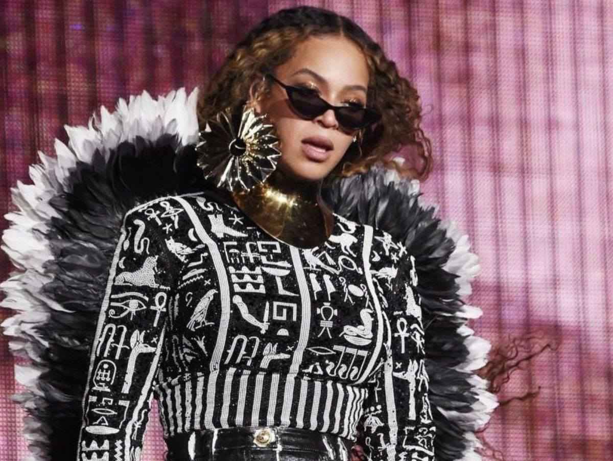 Beyoncé launches Ivy Park collection with Adidas hhdx.co/30Ctn04