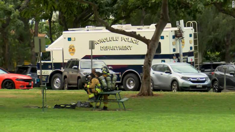 """The FBI says authorities are responding to an """"active shooter"""" in the Waikiki area of Honolulu https://cnn.it/2NHGAQe"""