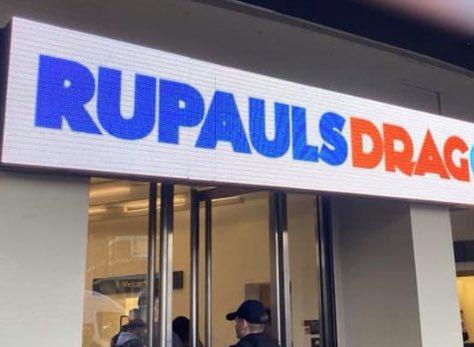 🧐🥴 #RuPaulDragConUK