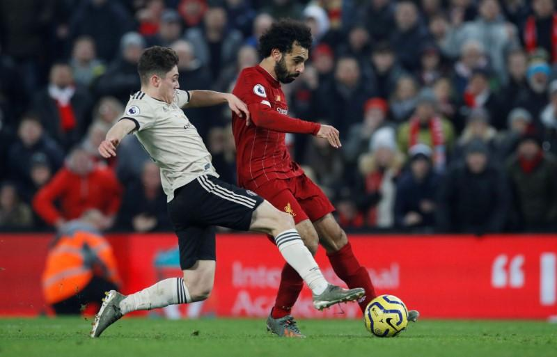 Liverpool go 16 points clear with 2-0 win over Man United https://reut.rs/2uZUDKh