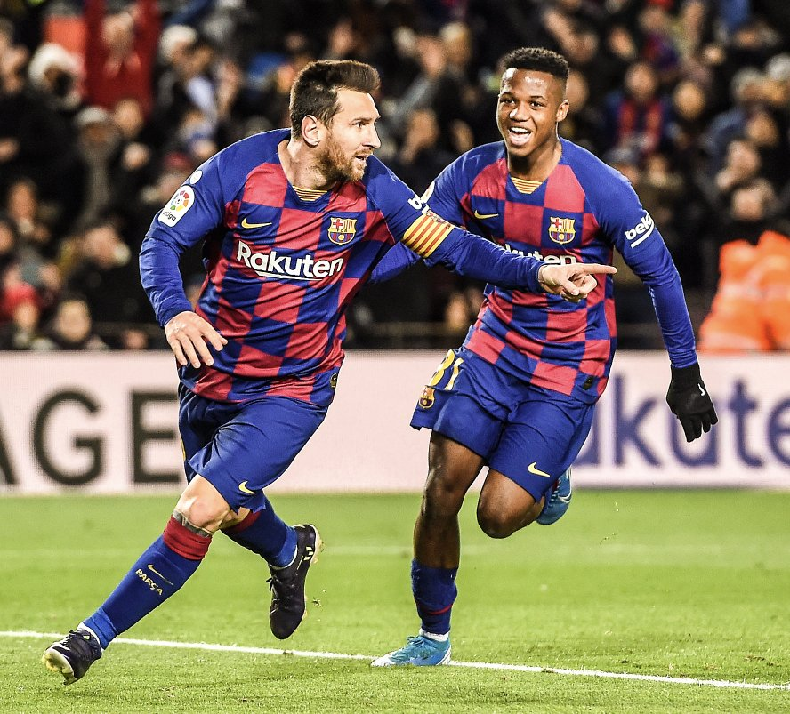 Winning starts for setien  @FCBarcelona. New coach, new style, new era at camp nou. Same old match winner:  #Messi  naturally!!!