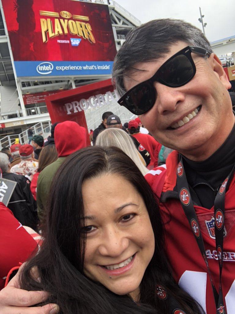 #GoNiners #AlwaysBeCelebrating #BeLegendary #BeatThePackers #49erFaithfuls #SF49ers #Playoffs2020 @49erspic.twitter.com/YbA8QD4KXC – at Levi's Stadium