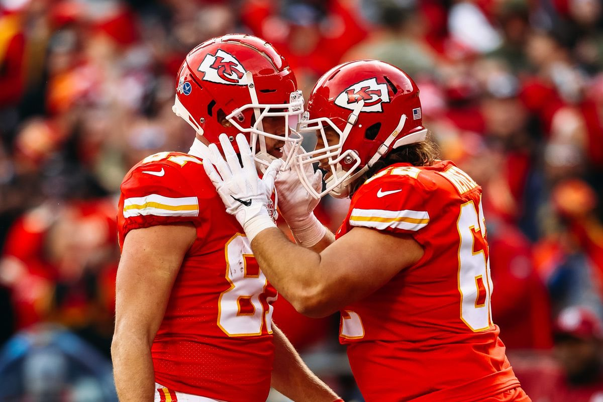 Congrats to client @ReitErDie78 and @Chiefs on being the AFC champions! See you in Miami at the Super Bowl brother.   #nfl #nflfootball #football #superbowl #superbowl2020 #afc #afcchampionship #home #chiefskingdom #chiefs #kansascity #kansascitychiefs #thenflagent #Miamipic.twitter.com/KMQH2bsqz2