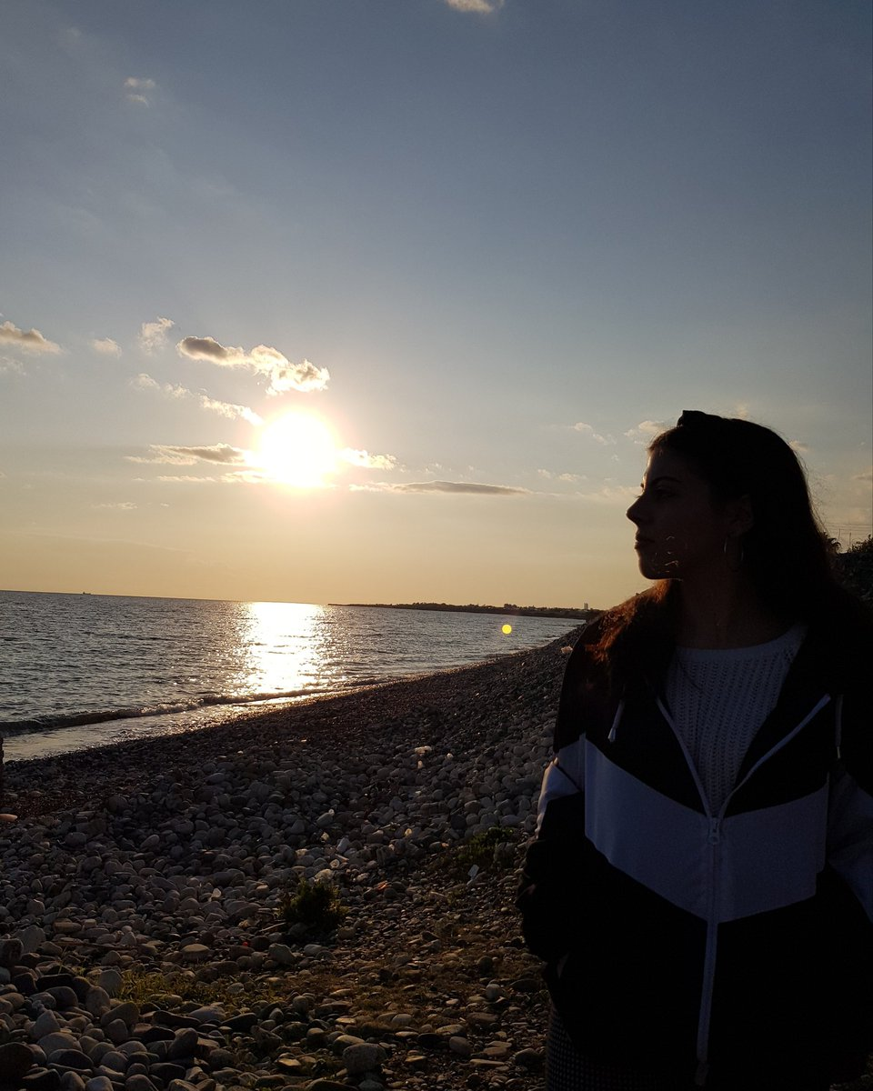 Sometimes all you need is a change of scenery 🌅#sea #beach #cyprus #larnaka  #model #modeling #fashion #tweet #tweeter #sun #sunset #view #beautiful #beautifulgirls #follow #like