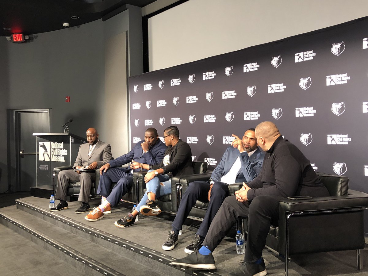 Our @NCRMuseum Discussion on The Intersection of Race & Sports with Grant Hill, Sheryl Swoopes, Doug Williams and Marc Spears, moderated by @MyMikeCheck is starting now on http://grizzlies.com/live !