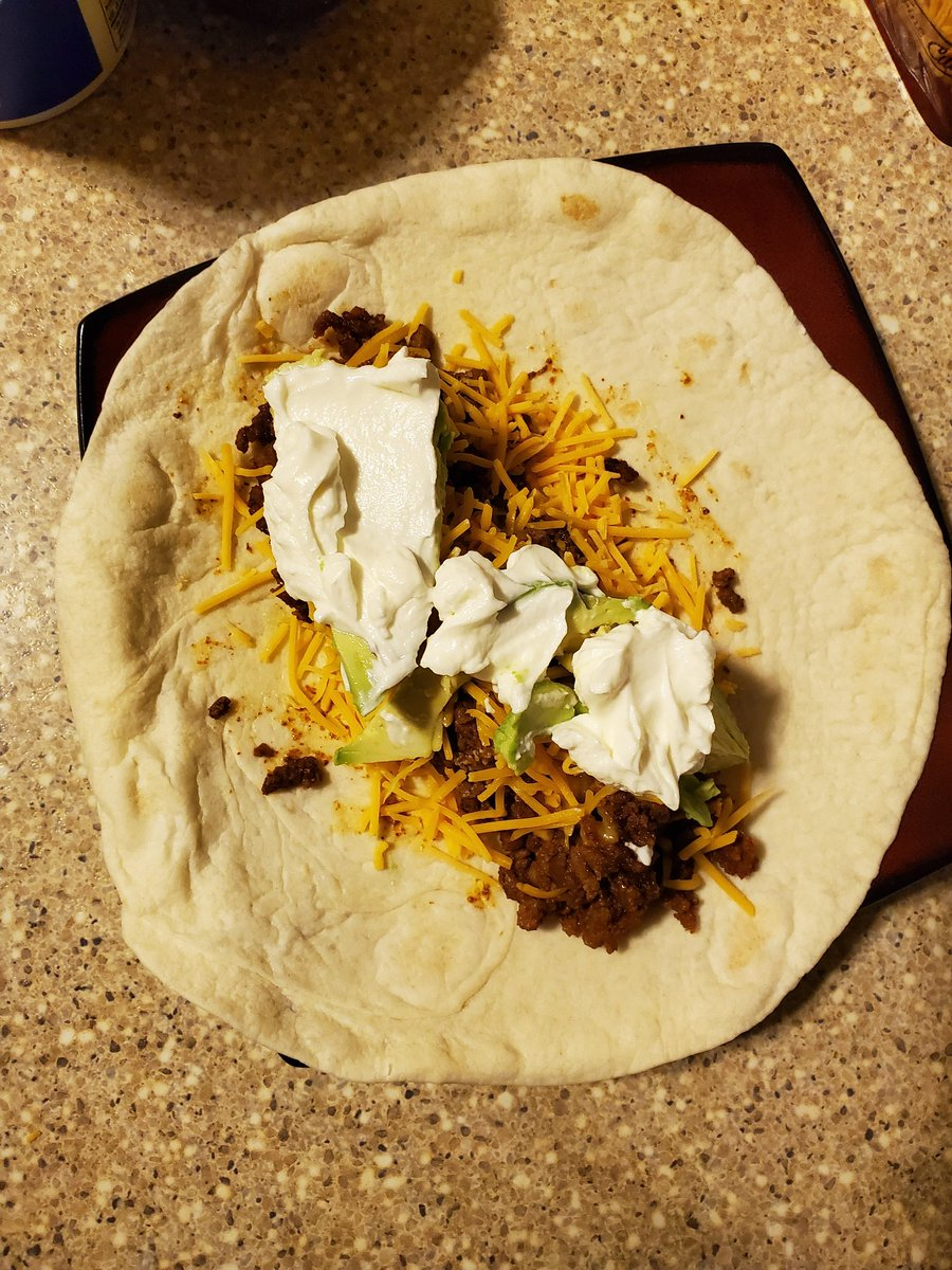 Tacos for dinner using carb control tortillas! #keto #ketodiet #weightloss #weightlossjourney #fitness #FitnessGoals #fitnessjourney #fitnessmotivation #lowcarb #LCHF<br>http://pic.twitter.com/XxgqVSLV8z