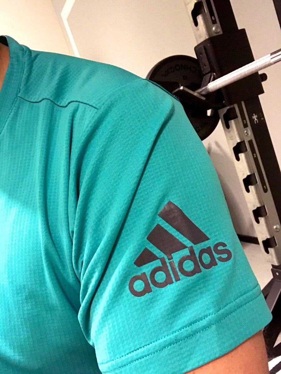 Let's go    #amworkout #gymlife <br>http://pic.twitter.com/zkIAztSStG