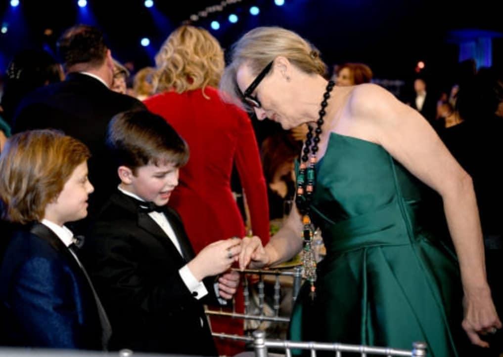RT @cmerylstreep: Mary Louise com os netos   #MerylStreep #SAGAwards2020 https://t.co/ZxX9Fc4gTn