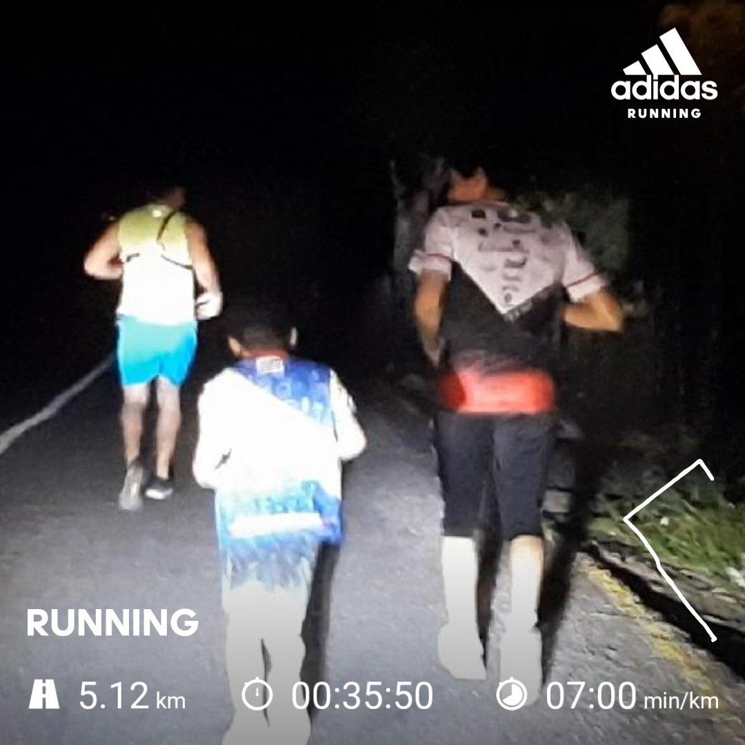 #YoElegiCorrer #runner #running #Adidas #corredor  #nrcmexico #sumandokilometros  #adidasrunning  pic.twitter.com/u0d9grL6Gd
