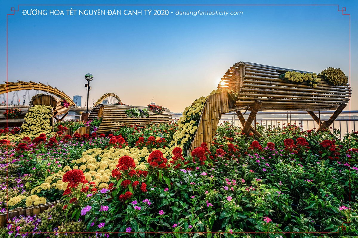 Good Morning Monday! Tet is coming..... #pandoraboutiquehoteldanang #monday #flowerroad #danangcity #honeymoonroom https://www.booking.com/hotel/vn/pandora-boutique-da-nang.vi.html…pic.twitter.com/oaGm2QzEaX