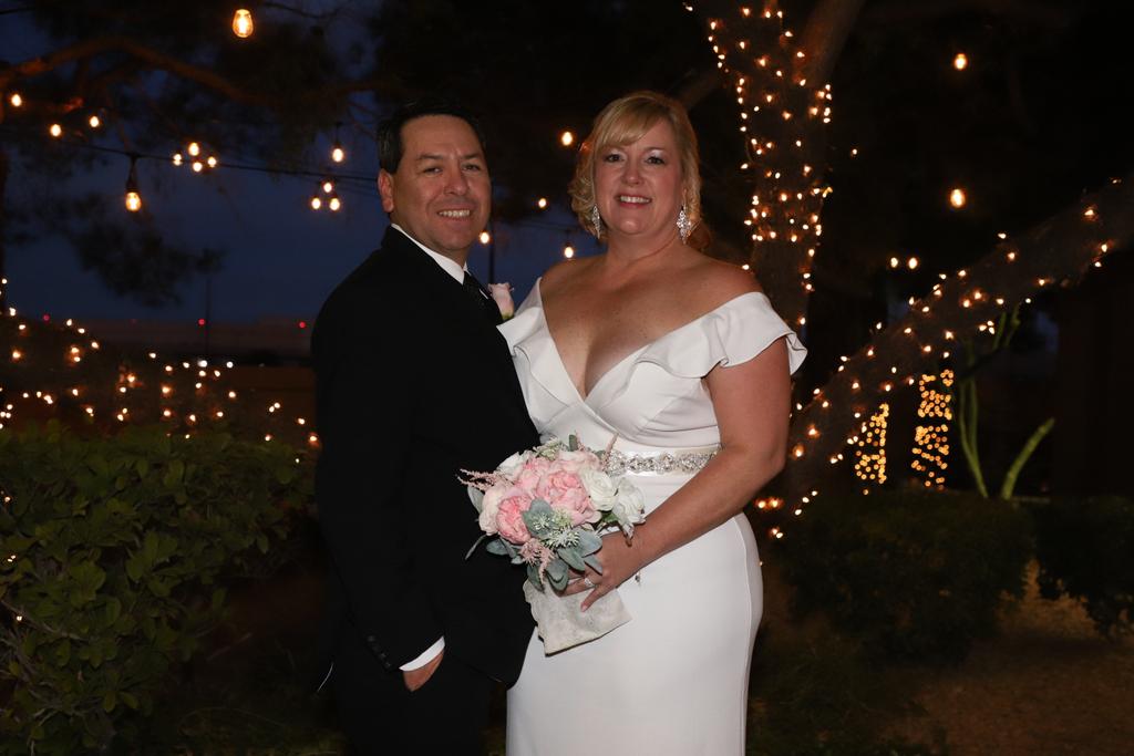 #wife #love #wedding #bride #groom #marriage #engaged #weddingday #weddinginspiration #weddinginspo #married #family #boyfriend #weddingphoto #weddingdress #fashion #engagement #theknot #happy #photography #justmarriedpic.twitter.com/9XWOgdylvH