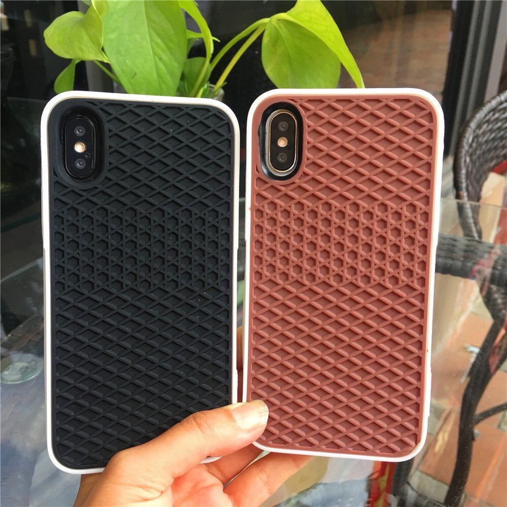 CLEARANCE SALEREADYSTOCK : IPHONE V A N S CASE  RM15 ONLY  Available for : •iPhone 6/6s •iPhone 6+/6s+ •iPhone 7/8 •iPhone 7+/8+ •iPhone X/Xs •iPhone Xs Max  To order kindly whatsapp +6014-5009473 or click link on our bio pic.twitter.com/hkGnhyHamW