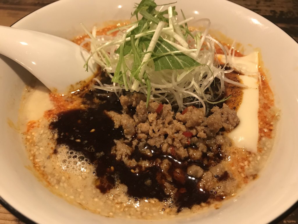 本日の晩飯は仮想通貨民のソウルフードラーメンを食す!チーズ担々麺うっま!!!@kotetsu_kotaro