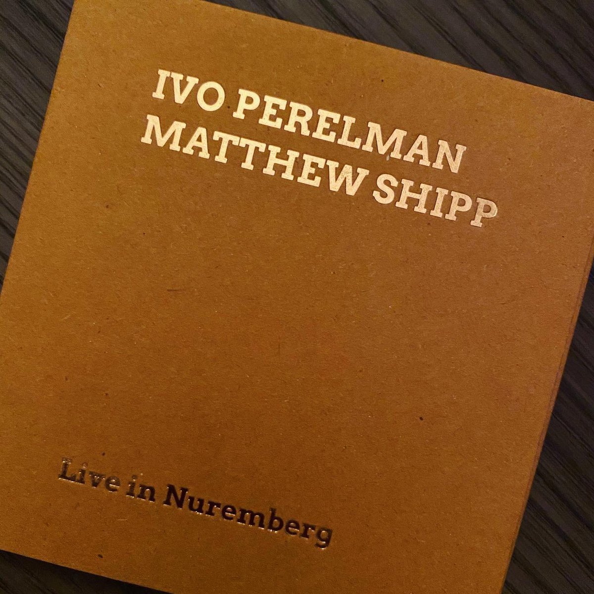 Ending the show with a new level of creativity: @ivoperelman & Matthew Shipp ~ Live in Nuremberg (SMP Records /Recorded at The Art of Improvisation Festival in 2019). #jazz #freeimprovisation  #jazz883  #looselyknitjazzpic.twitter.com/XpoKVO9YCw