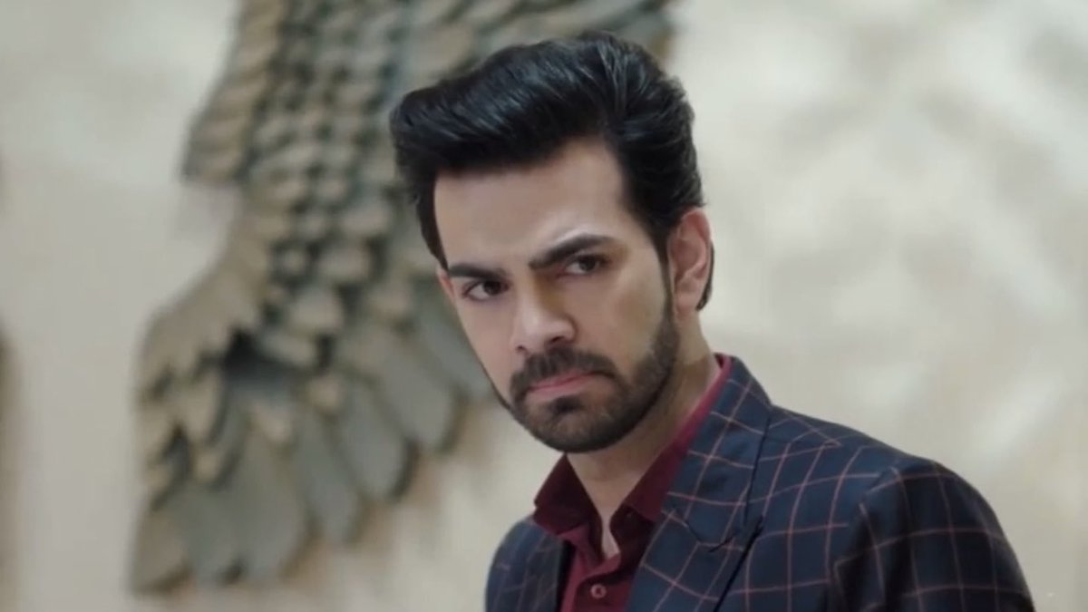 You are a Phenomenal Artist Karan!  Eyes speak a universal language & ur eyes communicate the best & ur Voice touches the heart.  You make us feel Rohit's pain, anger, disappointment, heartbreak & every other emotion.  You bring Rohit to life!  #KaranVGrover #KahaanHumKahaanTum<br>http://pic.twitter.com/NT4v46HHhH