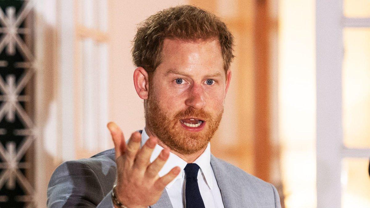 Penjelasan Pangeran Harry soal Keluar dari Anggota Kerajaan https://analisadaily.com/berita/baca/2020/01/20/1001503/penjelasan-pangeran-harry-soal-keluar-dari-anggota-kerajaan/…pic.twitter.com/g88qbfQRjT