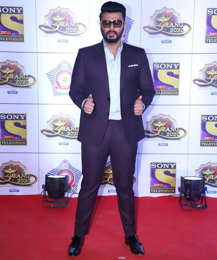 .@arjunk26 looked dapper in a suit at #Umang2020.  #Umang #ArjunKapoor <br>http://pic.twitter.com/tBnnheyR2a
