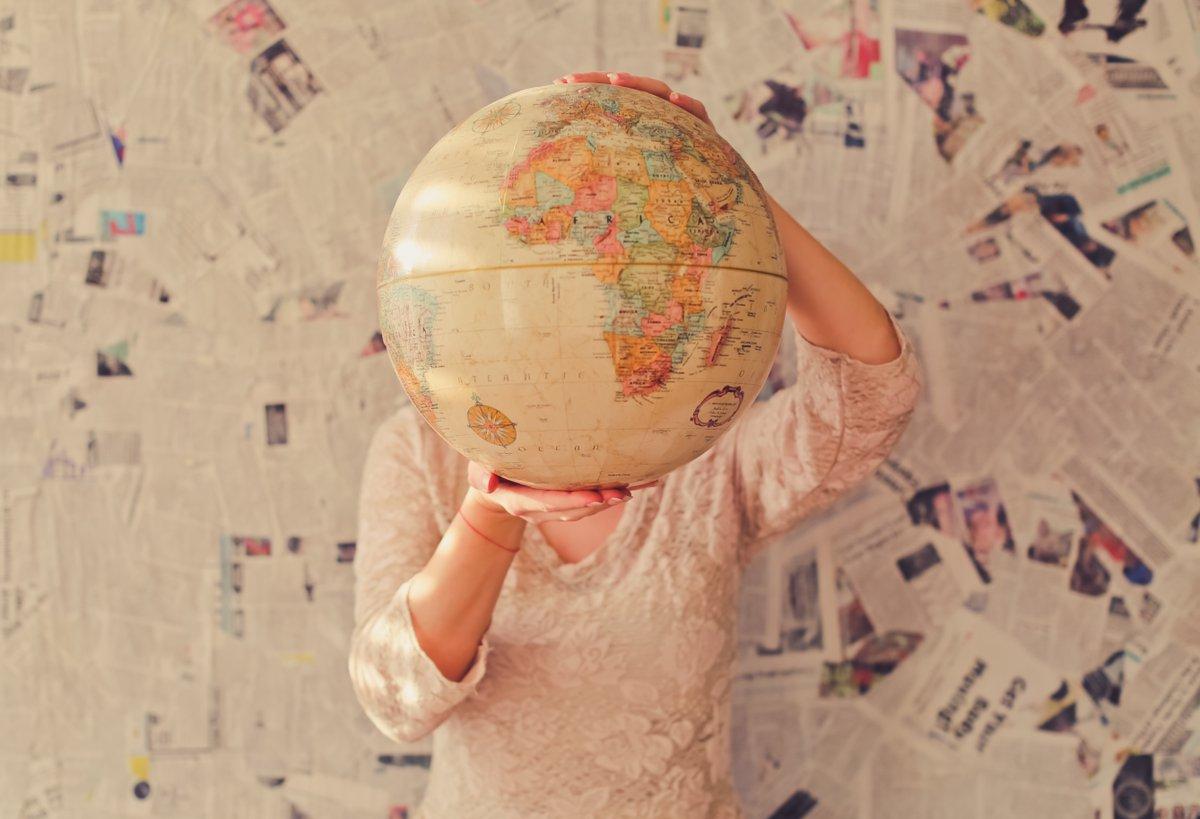 How to save money on family travel  http://dld.bz/hh2tS  travelblog travelbloggerspic.twitter.com/G6FhWEGDPr
