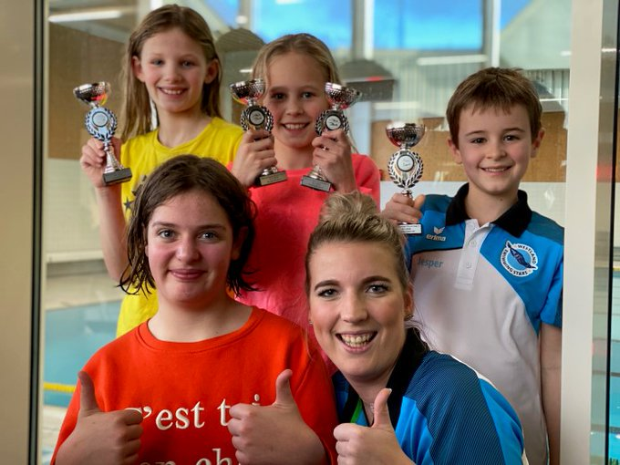 Wedstrijdzwemmen Westland Swimming Stars op podium in Alblasserdam https://t.co/37ZERVgAiI https://t.co/KiqQ3DsuNi