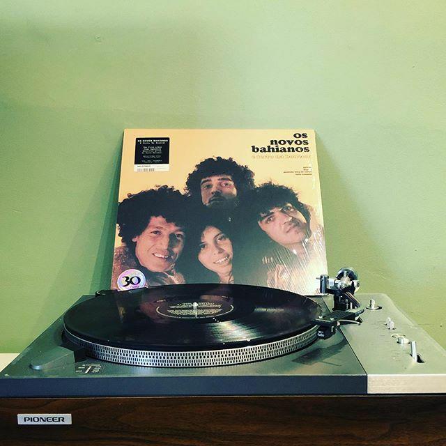 The first album from legendary Brazilian group 'Os Novos Baianos'. Reissue from @mrbongoworldwide #brazil #mpb #vinyligclub #recordcollection #vinyl #lp #vinylporn #cratedigger #cratedigging #cratediggers #vinylcollection #vinylrecords #vinyllovers #vintage #music #instaviny…pic.twitter.com/9L1PEm1AH4