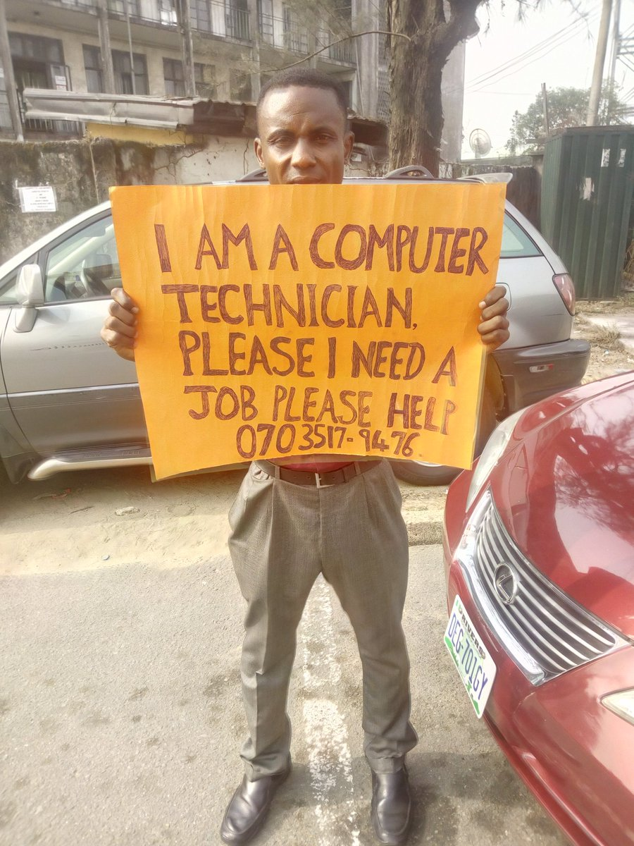 On my way to court this morning I met this young man, I was forced to stop and have a chat with him, he Says he is without job, and he is skilled in the art of fixing computers, he has an SSCE and lives in the Trans Amadi Axis of Porthacourt SAM UDUGA needs a JOB ASAP  Please RT <br>http://pic.twitter.com/nz1ss7pTJm