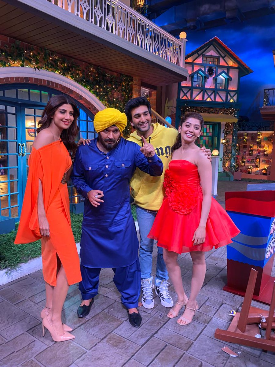 Meezaan, Shilpa Shetty & Pranitha Subhash at The Kapil Sharma Show for a special episode of their upcoming film Hungama 2. #TheKapilSharmaShow <br>http://pic.twitter.com/INAxb1axj8