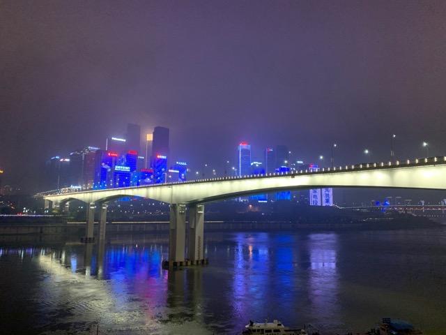 中国の重慶がSFかっこいいので要チェックのほどよろしくおねがいします。 #DPZ