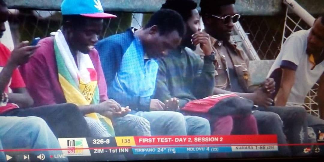 Chevron fans caught live on camera counting coins for busfare #ZIMvSL #Zimbabwe <br>http://pic.twitter.com/3W8BEB7cX2