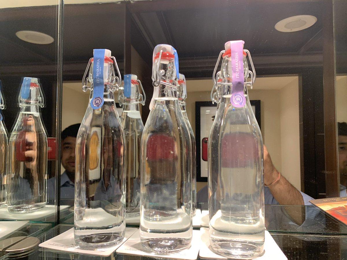 #GoGreen #Bonvoy replacing plastic bottles with glass <br>http://pic.twitter.com/tEkqTQ23Tj