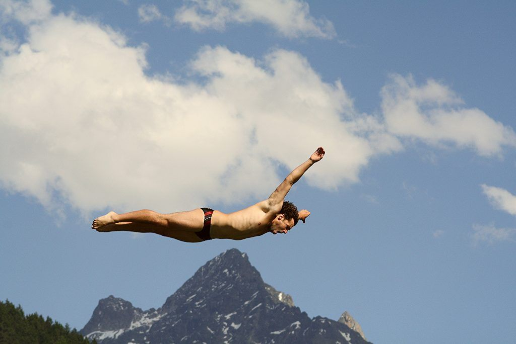 From scuba diving, to skydiving to cliff diving: Top 100 extreme sports and adventure activities to try: https://buff.ly/2K5FiLQ #extremesports #adventuresports #top100 #actionsports #extremeactivitiespic.twitter.com/xN5QProc1g