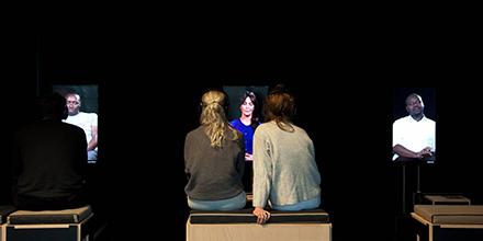 Besonderer Tipp! 21 – Erinnerungen ans Erwachsenwerden – Videoinstallation von @MatsStaub nur noch bis zum 09.02. bei uns im 1. OG Ost, Eintritt frei. #HELLERAU #Dresden  Hier geht's zum Trailer: https://vimeo.com/65126009pic.twitter.com/2HexTWHoTs
