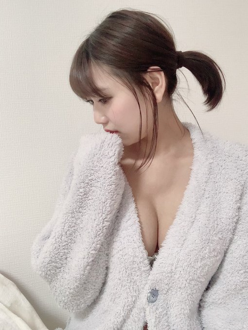 グラビアアイドル篠原冴美のTwitter自撮りエロ画像14