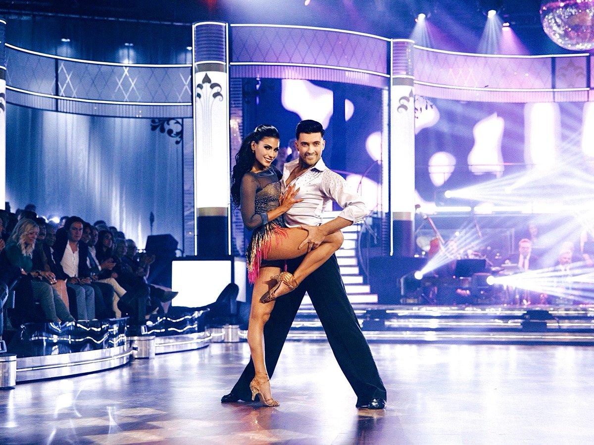'LET'S DANCE' the night away!@JasmineTakacs   Costumes @DSILondon @TV4LetsDance #letsdancese #letsdance #dwts #scd #strictlycomedancing #strictly #prodancer #final #memories #dance #dancepartners #sweden #stockholm #tvshow #tv #prodancepic.twitter.com/cevz0NYRg3