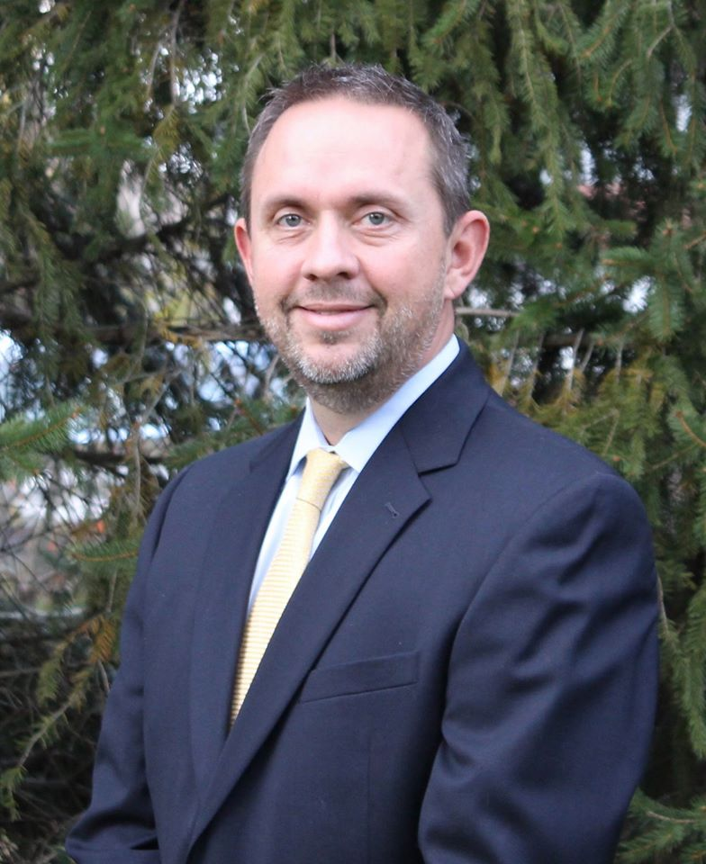 CONGRATS to our very own Greg Sears, assistant superintendent of teaching and learning, for earning a prestigious, international leadership award! Read more here: http://bit.ly/3akhWyO #WeareFHSD #MOYAward