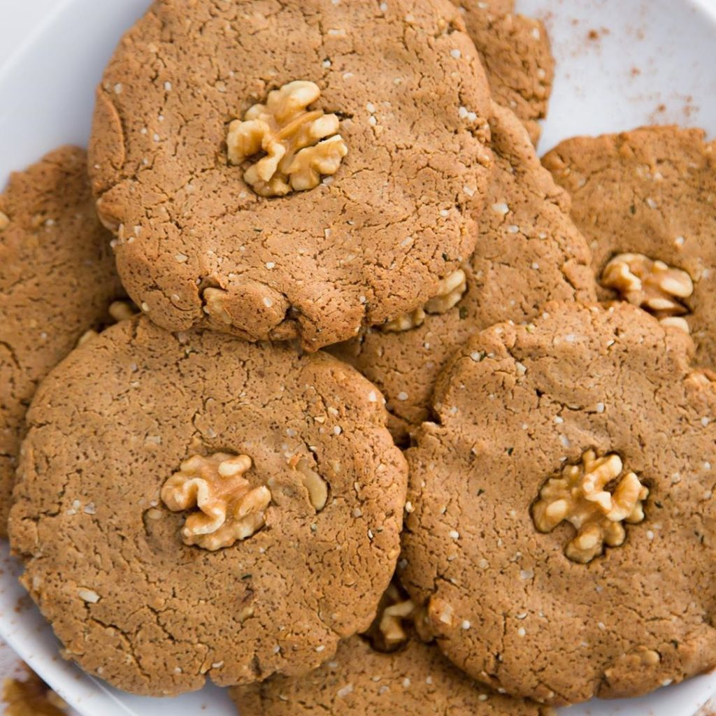 N'OATMEAL KETO COOKIES by @cheftaffyelrod INGREDIENTS * 1/2 cup coconut oilliq…  https://www. ketofoodus.com/noatmeal-keto- cookiesby-cheftaffyelrod-ingredients-1-2-cup-coconut-oil-liq/  … <br>http://pic.twitter.com/2nb3cw36lp